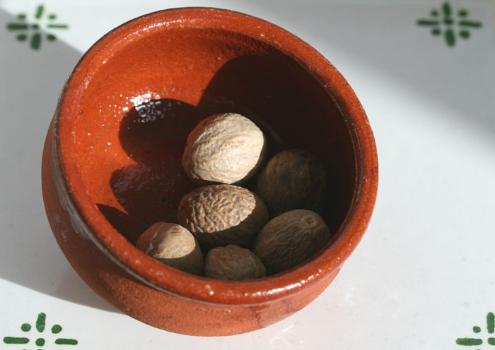 Nutmeg muscade