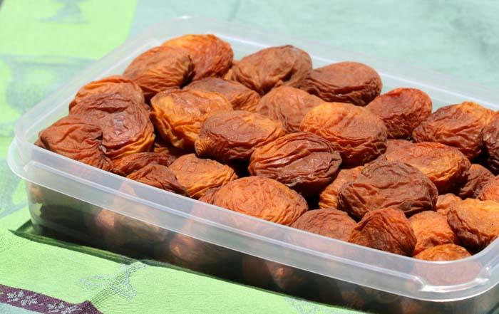 Dried apricot abricot sec