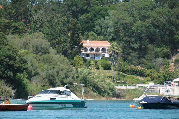 Vila villa rio Mira