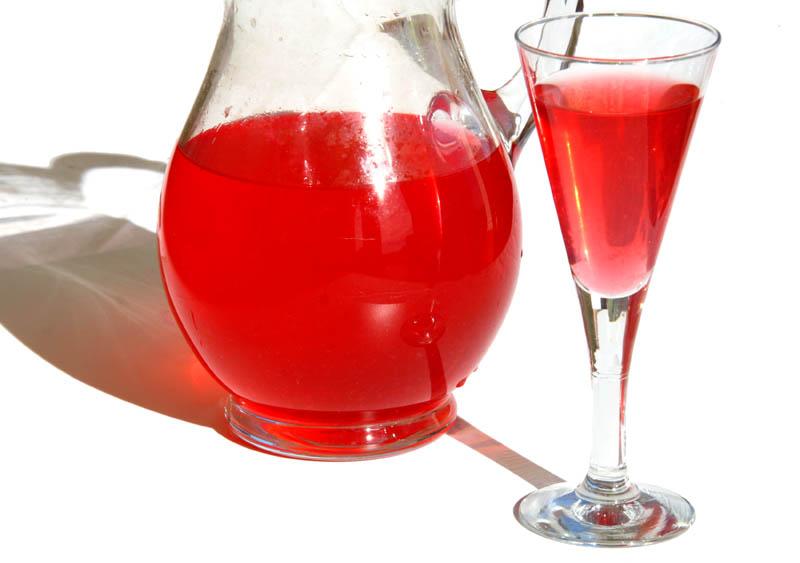 Red grape vine water  agua fresca  vigne rouge
