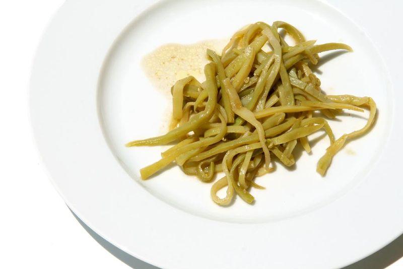 Haricots mangetout à la mangue verte