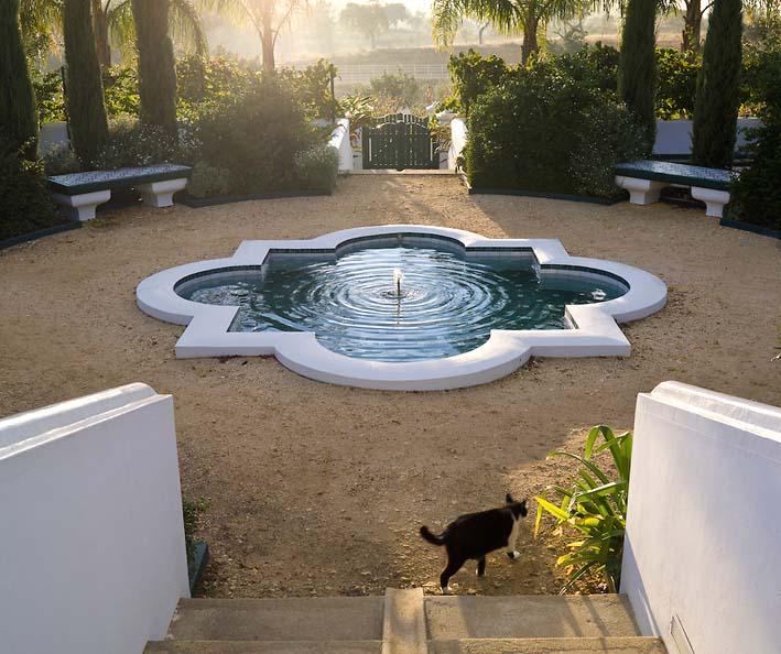 Un jardin habité: Lumière d\'hiver : rôle et place des bassins d\'eau