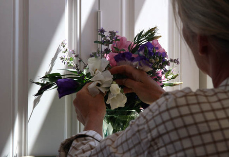Ann_lisianthus_nepeta_bouquet