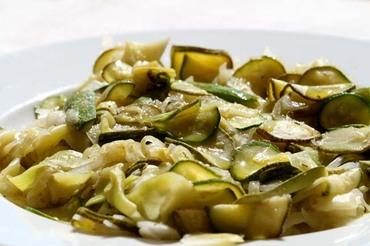 Zucchini_courgette_courgete