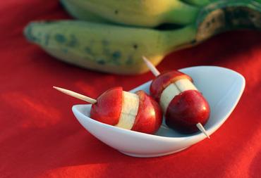 Sweet_cherry_banana_bigarreau_banan