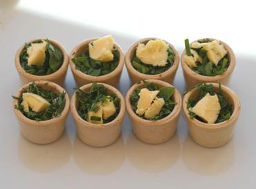 Malabar_spinach_butter_garden_cress