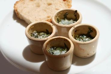 Malabar_spinach_garden_cress_butter