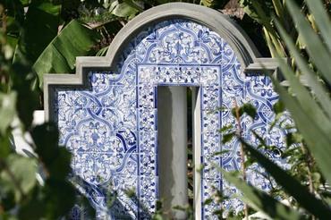 Balistraria_blue_garden_archere_jar