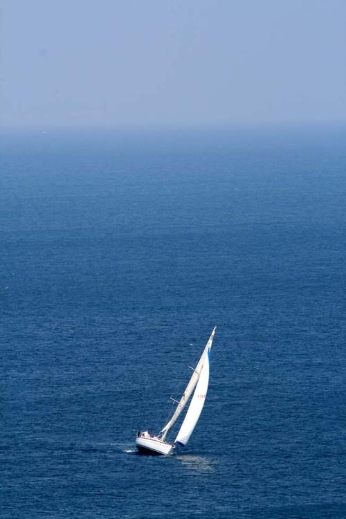 Blue_and_sails_voiles_et_bleu