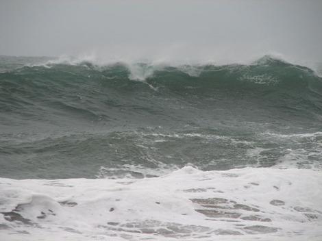 Waves_in_the_rain_mauvais_temps_en_mer